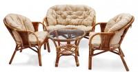 Плетеная ротанговая мебель в интерьере городской квартиры