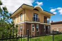 Строительство домов из кирпича: особенности и преимущества