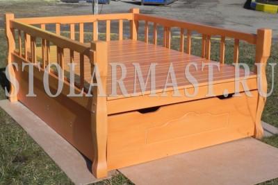 Узкий топчан на балкон - идеальное решение для квартиры