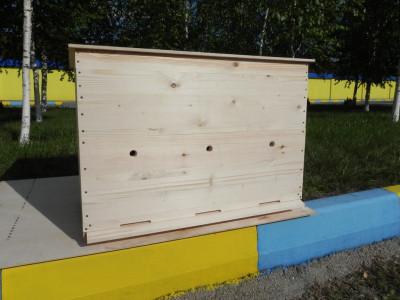Улей-лежак на 24 рамки на 3 отделения по 8 рамок с магазином